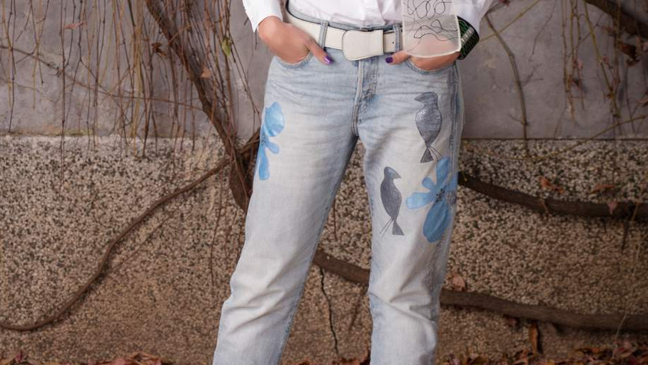 JEANS WITH METALIC BLUE FLOWERS