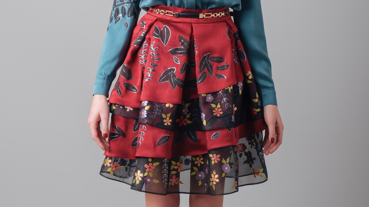 "RED / BLACK SKIRT INSPIRED BY ""PRIMAVERA"""